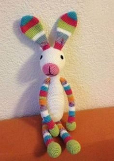 Crochet bunny - no pattern Crochet Rabbit, Cute Crochet, Crochet Toys, Knit Crochet, Crochet Animals, Diy Projects To Try, Baby Things, Rabbits, Dyi