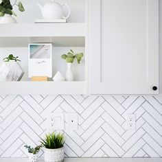 5 Profound Cool Tips: Brick Backsplash subway tile backsplash patterns.Herringbone Backsplash Dark Cabinets peel and stick backsplash rustic.Peel And Stick Backsplash Farmhouse. Hexagone Tile, Herringbone Subway Tile, Subway Tiles, Herringbone Pattern, Kitchen Tiles, White Tile Backsplash Kitchen, Rock Backsplash, Easy Backsplash, Modern Kitchens