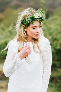 Frisur Haare, Brautfrisur, Haare Hochzeit Moderne Brautmode von noni 2018 | Hochzeitsblog The Little Wedding Corner