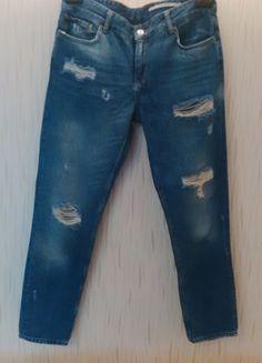 Kup mój przedmiot na #vintedpl http://www.vinted.pl/damska-odziez/dzinsy/13738684-dzinsowe-spodnie-z-dziurami-i-przetarciami
