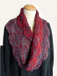 This dramatic cowl uses Bart & Francis Compressed Brioche Stitch featured in my book Knitting Fresh Brioche. I have converted the stitch pattern to be knit in the round.