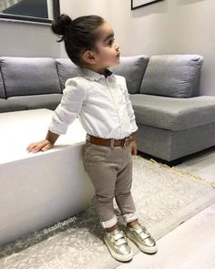 Quando for menina . Cute Baby Girl, Baby Boys, Kids Girls, Toddler Girl, Cute Babies, Baby Outfits, Outfits Niños, Kids Outfits, Baby Girl Fashion