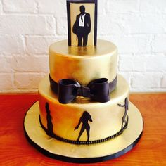 Sexy Black and Gold James Bond Cake!