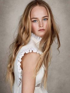 Photography: Patrick Demarchelier Styled by: Sarajane Hoare Hair: Tomi Kono Makeup: Fulvia Farolfi Model: Jean Campbell