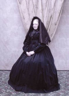 cw-victorian-mourning1-jpg.20798 (640×888)