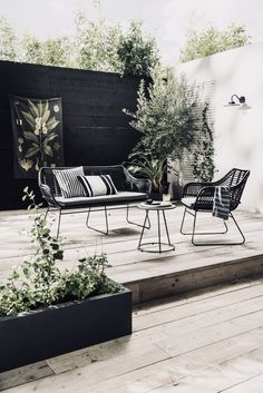 Gorgeous Outdoor Space | Black, White + Wood