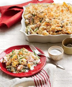 Our take on the classic hits the high notes: creamy, cheesy, fresh, and crunchy. Resist digging into the casserole right out of the oven. Letting it stand for 10 minutes allows it to firm up to the perfect consistency. Recipe: New Tuna Casserole Tuna Casserole Recipes, Baked Pasta Recipes, Noodle Casserole, Seafood Recipes, Dinner Recipes, Cooking Recipes, Dinner Ideas, Tuna Recipes, Broccoli Casserole