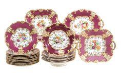 Set de sobremesa em porcelana Inglesa da primeira metade do sec.19th, 4,500 USD / 4,120 EUROS / 15,550 REAIS / 27,855 CHINESE YUAN soulcariocantiques.tictail.com
