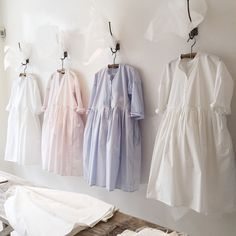 London 2015 #eggtrading Hijab Fashion, Korean Fashion, Kids Fashion, Fashion Details, Fashion Design, Mori Girl, Linen Dresses, Her Style, Street Style