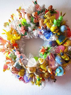 Wreath made from vintage Easter kitsch. This is unbearably beautiful! :)