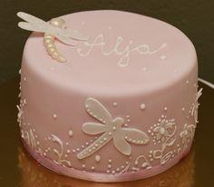 Dragonfly cake by matejad, via Flickr