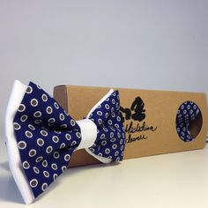 Dots bow tie->>http://madalinaspirleanu.com
