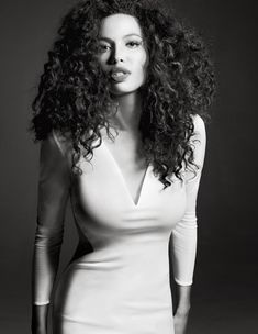 I've always loved her hair, even when she was a little girl. Totally gorgeous