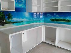 Printed Glass Splashbacks, Ara, Home Kitchens, Aquarium, Prints, House, Content, Ideas, Goldfish Bowl