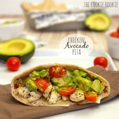 Chicken Avocado Pitas are the perfect summer meal! These healthy pita sandwiches are light and delicious! The perfect sandwich recipe for a pool day, summer picnic, or lunch on the porch. Chicken Avocado Sandwich, Chicken Pita, Chicken Avacado, Rotisserie Chicken, Healthy Chicken, Grilled Chicken, Chicken Salad, Lunch Recipes, Cooking Recipes