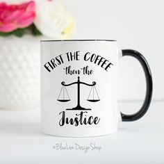 Best Graduation Gifts for Law School Students (Men & Women) Lawyer Quotes, Lawyer Humor, Lawyer Logo, Best Graduation Gifts, Graduation Shirts, Lawyer Gifts, Harvard Law, Paralegal, Graduate School