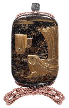 A roiro lacquer three-case small inro By the Kajikawa Family, century All Japanese, Turning Japanese, Japanese Design, Japanese Beauty, Japanese Culture, Tea Caddy, Everyday Items, Nihon, Vintage Images