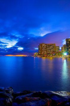 Waikiki, Hawaii Do people really live here? Maybe I should relocate!