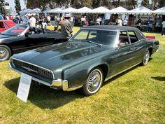 1967_Green_Ford_Thunderbird_Fordor.jpg