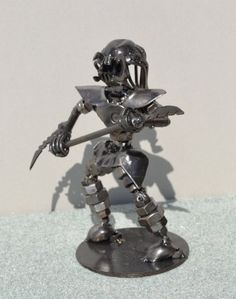 PREDATOR 7 pulgadas armas  Scrap Metal Art