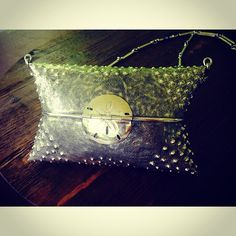 This is what happens when a vintage clutch get Gogo'd #Upcycle #Vintage #GogoWorld #Gogo #Jewelry #Purse #Sea #Urchin #Sand #Dollar
