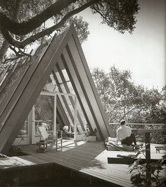 If an A-frame and and a geodesic dome fought for the right to be my house, I don't know which I'd root for.