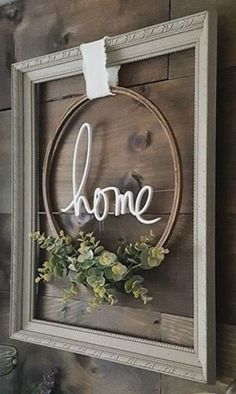 hang an empty frame with embroidery hoop stained and greener.- hang an empty frame with embroidery hoop stained and greenery hang an empty frame with embroidery hoop stained and greenery - Diy Wall, Picture Frame Crafts, Farmhouse Decor, Diy Decor, Diy Farmhouse Decor, Diy Home Decor, Home Diy, Living Decor, Empty Frames