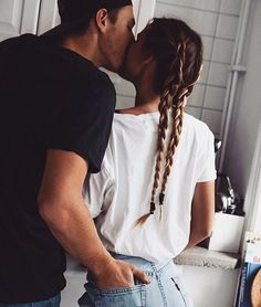 boy, boyfriend, couple, fashion, girl, girlfriend, guy and girl, hair, hipster, jeans, kiss, kissing, long hair, love, photography, relationship goals, couple goals