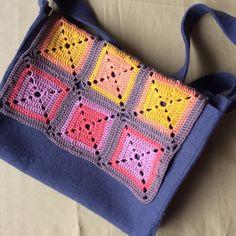 Sac à bandoulière Crochet, Creations, Blanket, Book Bags, Large Bags, Pouch Bag, Crochet Hooks, Blankets, Shag Rug