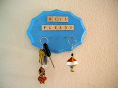 DIY Key Holder : DIY Key Holder Diy Tutorial, Key, Beads, Christmas Ornaments, Holiday Decor, Home Decor, Beading, Decoration Home, Unique Key