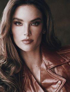 Alessandra Ambrosio, Most Beautiful Models, Most Beautiful Faces, Tyra Banks Show, Selita Ebanks, Caroline Trentini, Dna Model, Giles Deacon, Marisa Miller