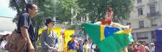 """A Unidade Provisória do Sesc Avenida Paulista preparou uma programação especial, completamente Catraca Livre, para o feriado do dia 11 de junho, quinta-feira. Além de show de blues na comedoria, os frequentadores poderão fazer aulas abertas de ginástica, step e yoga e conferir uma contação de histórias com o grupo Circo de Trapo. Acontecerá também...<br /><a class=""""more-link""""…"""