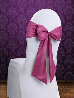 Fiocco per Sedia Satin Fucsia. Fiocco per sedia satin. Per decorare le vostre sedie. Misure: 2.75 mt x 15 cm. Ordine minimo 10 pezzi e multipli di 10. #allestimenti #matrimonio #ricevimentomatrimonio #nozze #weddingplanner #accessori #decori #tavoli #sedie #runner #fiocchi #wedding #weddingideas #ideasforwedding #fiocco #satin