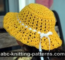 American Girl Doll Sunshine Hat, one of many crochet doll patterns on this site.