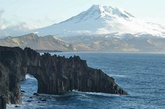 Jan Mayen is a volcanic island on the border of the Norwegian and Greenland seas. It is located 600 km north of the Island, 500 km east of Greenland and 1,000 km west of the Norwegian mainland. Belongs to Norway.