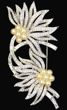 Trifari 'Alfred Philippe' Pave Baguettes and Pearls Double Starflower Pin