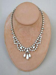 Simple and Elegant Vintage White Milk Glass & Rhinestone Necklace