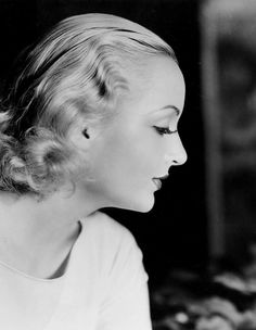 Carole Lombard photographed by Eugene Robert Richee, 1933