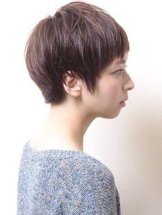 「オーガニック×エフォートレス」ショートヘア Medium Short Hair, Medium Hair Styles, Short Hair Styles, Beauty Box, Hair Beauty, Gray Matters, Pretty Outfits, Pretty Clothes, Androgynous