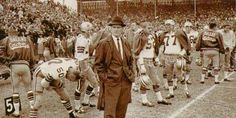 good times! Dallas Football, Dallas Cowboys, Tom Landry, Ready To Rumble, Funny Hats, Good Times, The Man, Sports, Texas