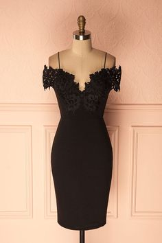 Ramizah #Boutique1861 / Put the spotlight on your silhouette with this little black dress featuring lace details and a figure hugging stretchable fabric that will fall to your thighs. With padded cups for optimum comfort! #cocktaildress