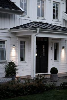 Tilda Bjärsmyr - Our home in sweden Exterior Design, Interior And Exterior, Double Front Entry Doors, Outdoor Wall Lighting, Outdoor Decor, Home Focus, England Houses, House Doors, Interior Garden
