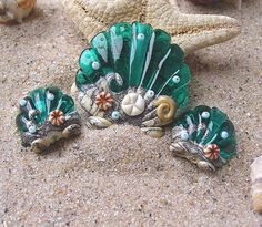 Teal beach beads with a matching earring pair!