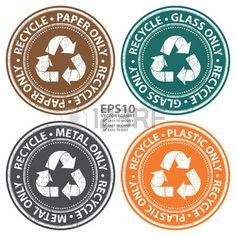 Vector: Bunte Schmutz-Art-Recycle Papier, Glas, Metall und Kunststoff Nur Symbol, Abzeichen, Etiketten oder Aufkleber für die Abfalltrennung, Naturschutz und Recycling-Konzept isoliert auf weißem Hintergrund