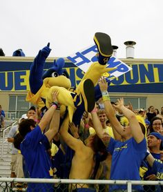 Blue Hens Fans!!! University Of Delaware