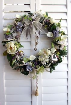 Elegant and romantic calla lily wreath florist by UptownGirlzz, $89.95