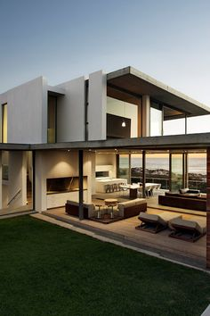 Contemporary Architecture — envibe:  Pearl Bay Residence by Gavin Maddock |...
