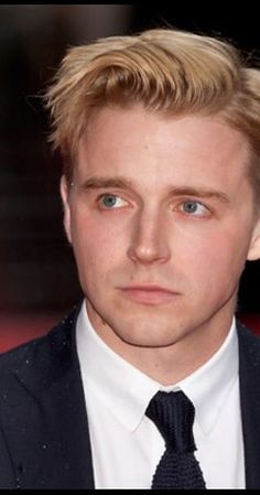 """Jack Lowden, Actor: '71. Rising young Scottish star Jack Lowden grew up in Oxton, in the Scottish Borders. He graduated from the prestigious Royal Scottish Academy of Music and Drama in 2011. He has had enormous success on stage in leading roles in """"Black Watch"""" (2011) and """"Chariots of Fire"""" (2012) -- in the latter as Eric Liddell, the part played on screen by Ian Charleson. In 2014 he won an Olivier Award and the Ian ..."""