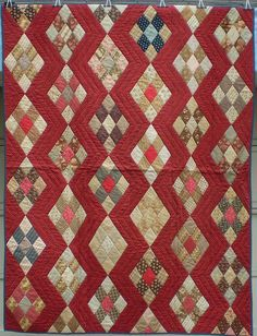 Great Red background! Antique Zig Zag quilt   Flickr - Photo Sharing!