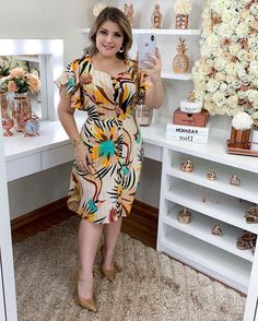 Church Outfits, Plus Size Model, Blouse Styles, Modest Outfits, Skater Dress, Frocks, Fashion Dresses, Glamour, Couture